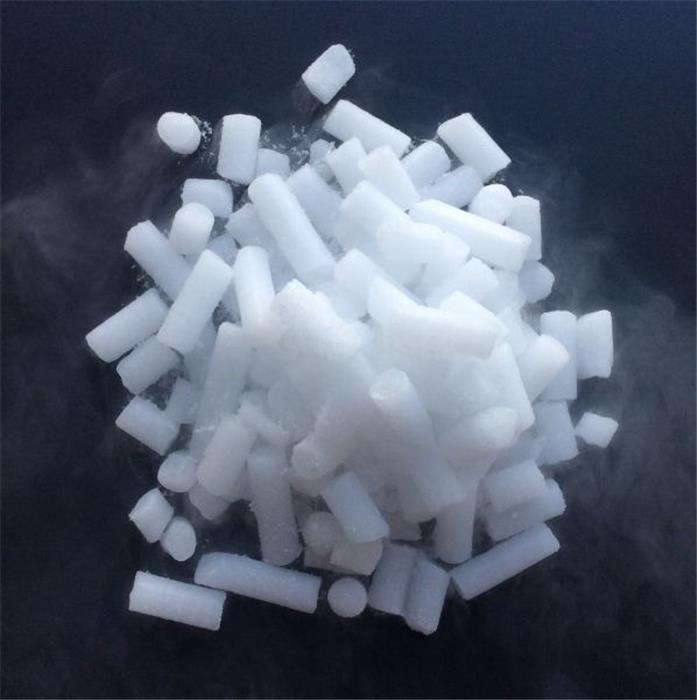 La glace carbonique, emballage indispensable pour ultra-basse température