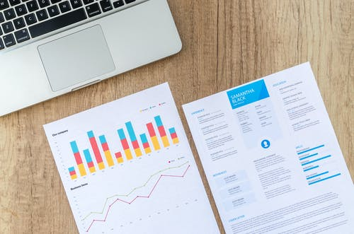 Les données COVID sont complexes et changeantes ; s'attendre à ce que le public se les approprient avec l'allègement des restrictions est optimiste.